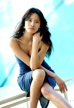 Lee Sabi - Người mẫu Hàn đầu tiên chụp hình cho Playboy - 2