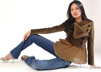 Lee Sabi - Người mẫu Hàn đầu tiên chụp hình cho Playboy - 1