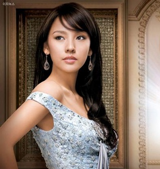 Lee Hyori trở thành đại diện của Top Girl - 5