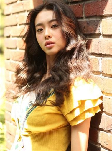 Go Ah Ra: Ngôi sao 9X quảng cáo ấn tượng nhất - 9