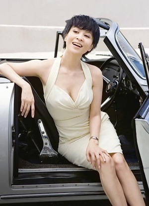 Lưu Gia Linh: 42 tuổi vẫn tự tin mặc áo tắm! - 6