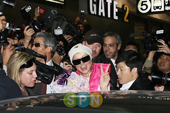 Hai kiều nữ Hollywood tụ họp tại Hàn Quốc - 7