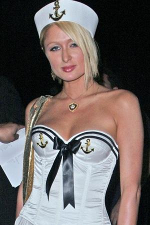 """Thời trang của """"sao"""" trong đêm Halloween - 11"""