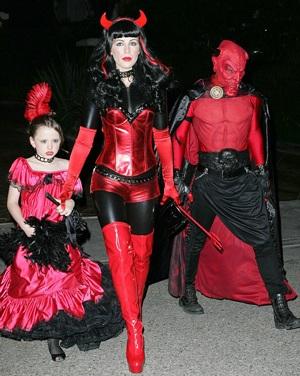 """Thời trang của """"sao"""" trong đêm Halloween - 8"""