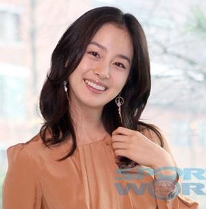 """Kim Tae Hee: """"Trước đây, tôi là diễn viên tồi…"""" - 6"""