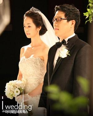 """""""Nữ hoàng ln Hwa"""" đệ đơn li dị sau 7 tháng - 1"""