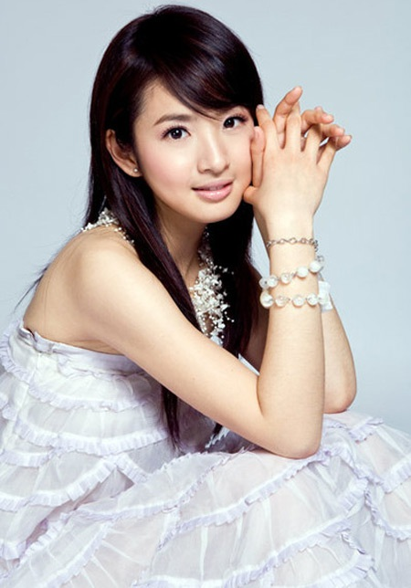 Lâm Y Thần - Nữ diễn viên có gương mặt baby nhất xứ Đài - 11