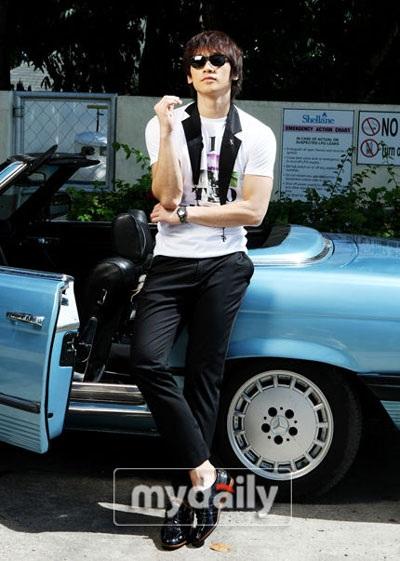 Bi (Rain) làm người mẫu cho dòng sản phẩm thời trang riêng - 12