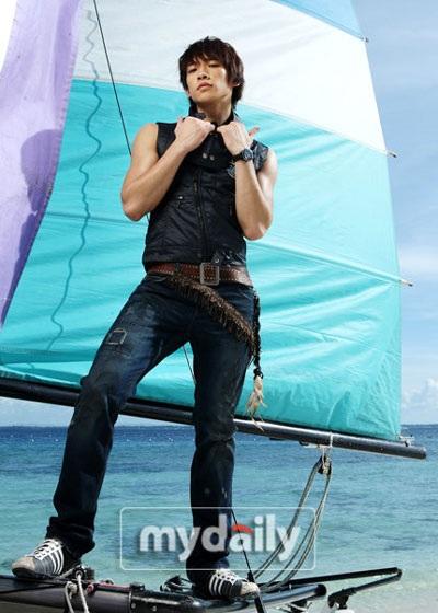 Bi (Rain) làm người mẫu cho dòng sản phẩm thời trang riêng - 8