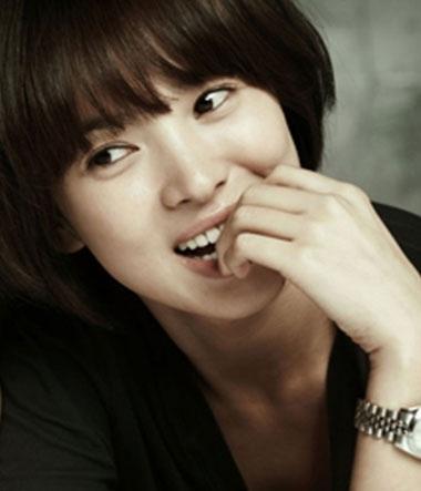 """Phim """"hot"""" của Song Hye Kyo lùi ngày bấm máy - 2"""