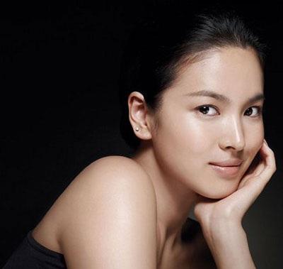 """Phim """"hot"""" của Song Hye Kyo lùi ngày bấm máy - 4"""
