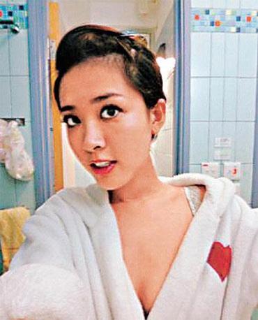 Trước scandal tình ái của bạn trai, Châu Huệ Mẫn vẫn vững vàng - 9
