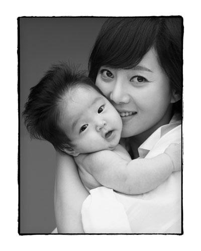 Bộ ảnh đen trắng ấn tượng của sao Hàn - 2