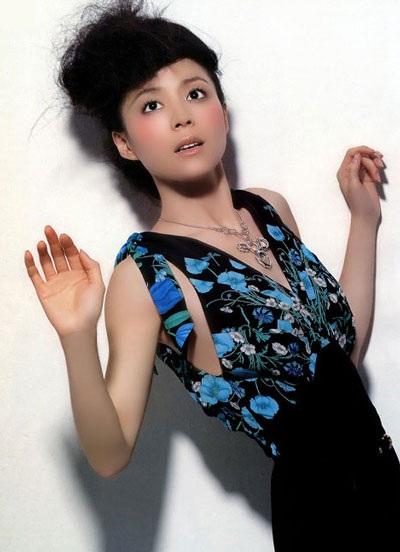 Trương Tịnh Sơ - Vẻ đẹp quý phái và lối cuốn - 3