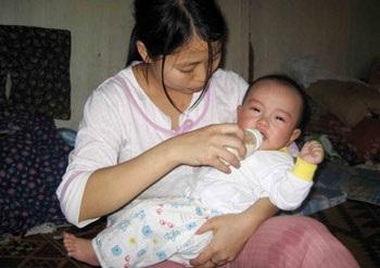Những đứa trẻ khát dòng sữa mẹ - 3