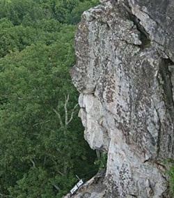 Chùm ảnh: Mặt người trên núi đá - 10
