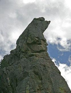 Chùm ảnh: Mặt người trên núi đá - 7