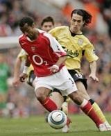 Arsenal cầm chắc ngôi á quân - 2