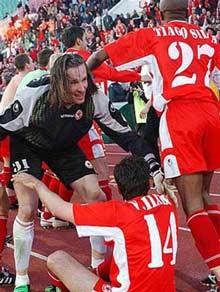 Liverpool lo ngại trước trận gặp Sofia - 1