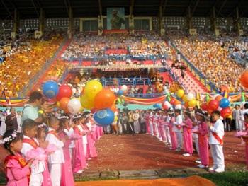 Trang trọng Đại lễ Phật đản tại TPHCM - 2