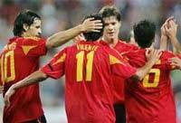 Bộ đôi Milan toả sáng giúp Italia giành thắng lợi - 1