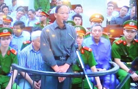 Bị cáo Huỳnh Quang Tuấn tại tòa