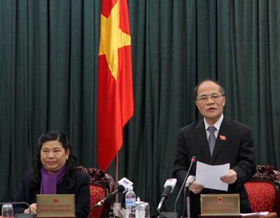 Chủ tịch QH: Nói chỉ cần 5 nghị định, tôi chưa tin lắm.
