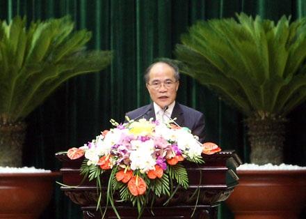 Chủ tịch Quốc hộiNguyễn Sinh Hùng là Chủ tịch UB Dự thảo sửađổiHiến pháp.