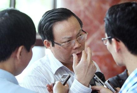 Chủ nhiệm UB Tài chính ngân sách: Thực hiện khoán để giảm số lượng xe công (ảnh: Việt Hưng).