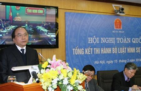 Phó Thủ tướng Nguyễn Xuân Phúc tham gia chỉ đạo hội nghị.