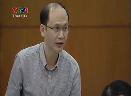 Thứ trưởng Y tế Lê Quang Cườngtại phiên giải trình trước UB Tài chính Ngân sách