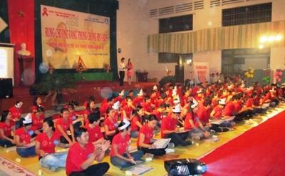 """""""Sinh viên Quảng Bình nói không với HIV/AIDS"""" - 1"""