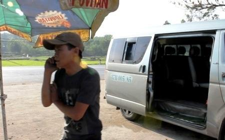 Chiếc xe khách bị lực lượng CSGT Quảng Bình và Quảng Trị bắt giữ