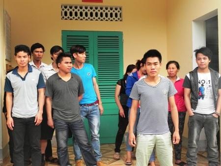 Các đối tượng bị bắt giữ tại Đồn Biên phòng CKQT Cha Lo