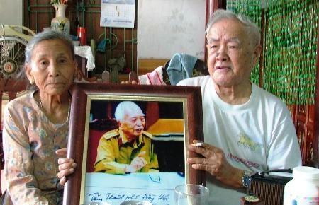 Vợ chồng cụ Diếp tâm niệm luôn sống và học theo gương Đại tướng Võ Nguyên Giáp