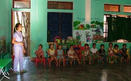 Một buổi học của các cháu Trường Mầm non Xuân Trạch.
