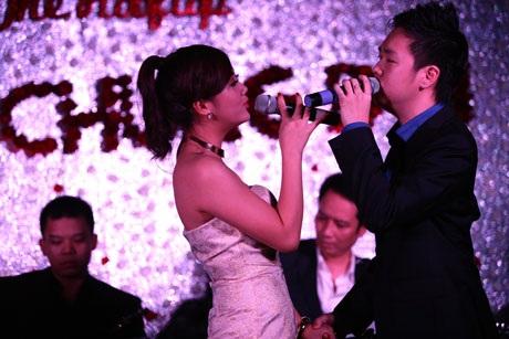 Văn Mai Hương - Lê Hiếu ngượng ngập thi hôn ngày Valentine - 13