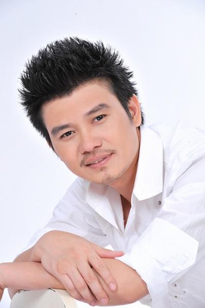 Ca sĩ Mai Quốc Huy làm minishow tại Hà Nội - 1