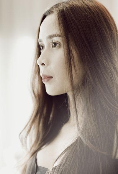 Một số hình ảnh mới của bà xã nhạc sĩ Hồ Hoài Anh - ca sĩ Lưu Hương Giang