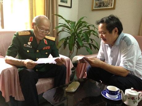 Ngay khi nghe nhạc sỹ- Thiếu tướngAn Thuyên hát Tiếng đàn...