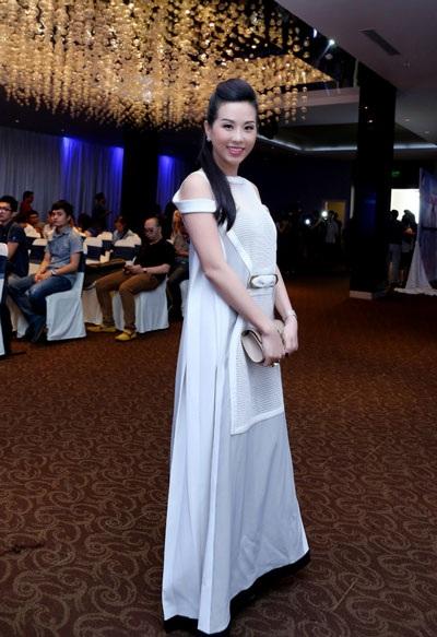 Trấn Thành và Hoa hậu Phu nhân người Việt toàn cầu Thu Hoài là đồng nghiệp, chị em thân thiết