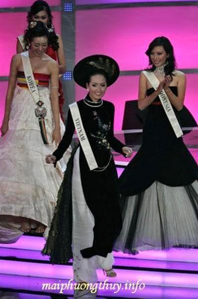 Mai Phương Thúy mất valy hành lý tại cuộc thi Hoa hậu Thế giới 2006
