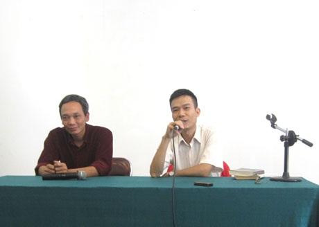 Hình ảnh tại buổi giao lưu với tác giả Đặng Thiều Quang