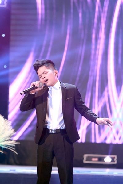 Quán quân Giọng hát Việt nhí Quang Anh