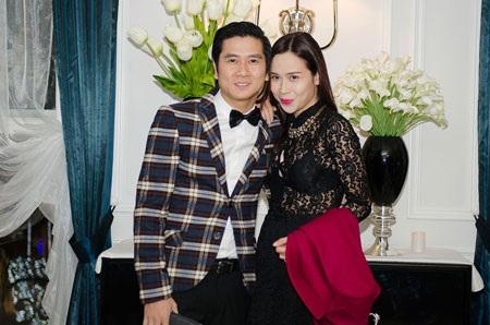 Tham dự sự kiện này còn có cặp đôi nghệ sỹ Lưu Hương Giang và Hồ Hoài Anh