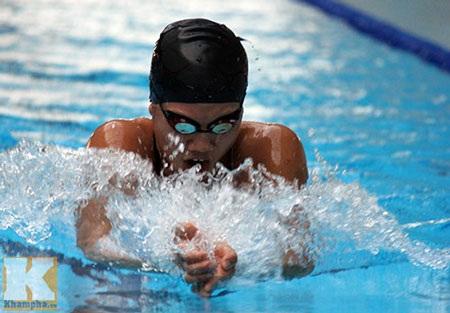 Nguyễn Thị Ánh Viên đạt nhiều thành tích cao trong môn bơi lội
