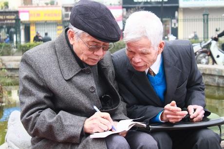 Hai người bạn già gặp gỡ tại Ngày thơ