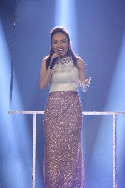 Quán Quân Việt Nam Idol 2014 Nhật Thủy...
