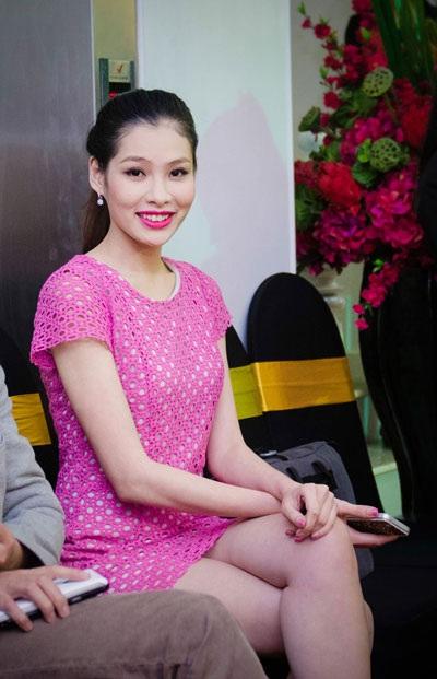 Ngoài Khánh Linh, tham dự sự kiện còn có