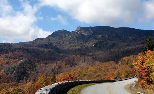 Dọc con đường Blue Ridge Parkway nổi tiếng